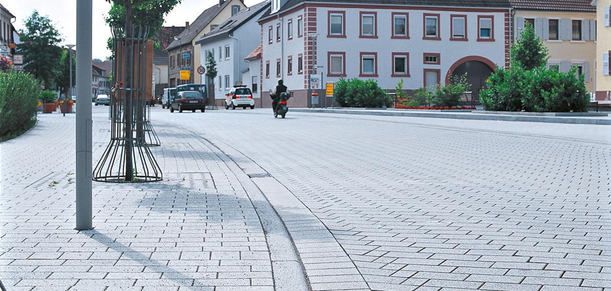 Bordure de trottoir arrondie